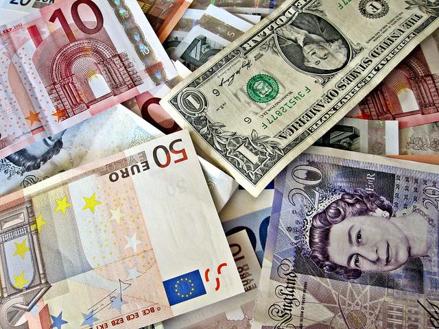 currencies-around-world