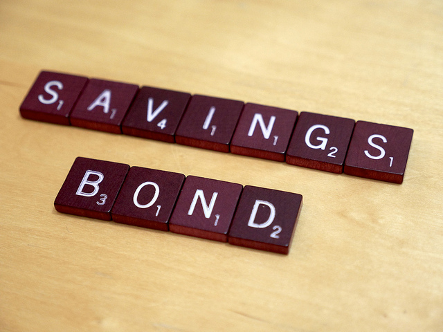 gic-vs-savings-bond