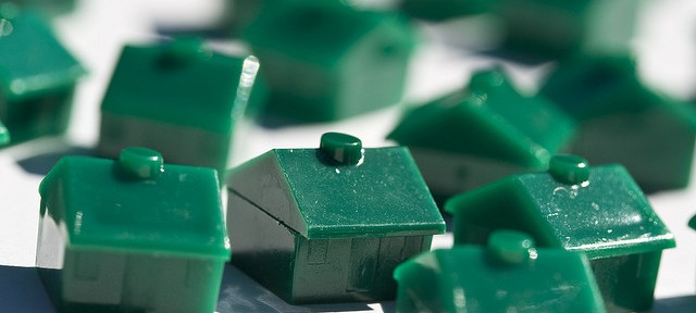 monopoly-houses-housing-market-recession