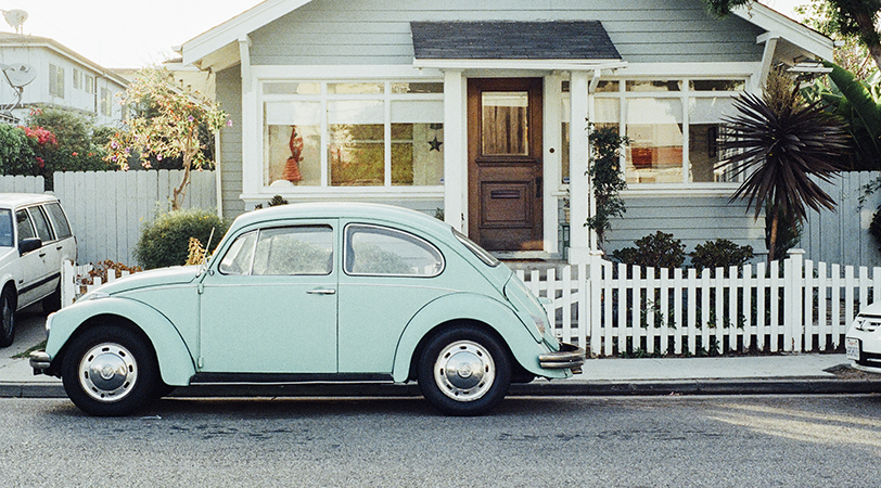 house-car-vintage-oldcropped