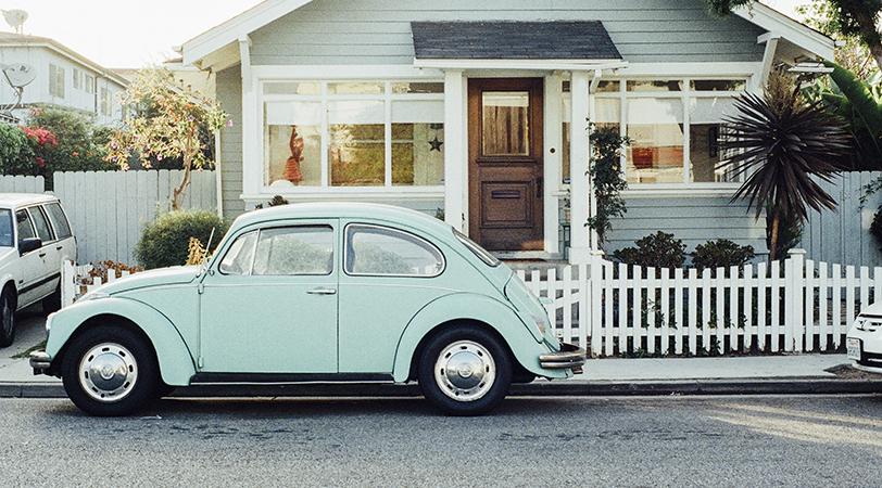 house-car-vintage-oldcropped