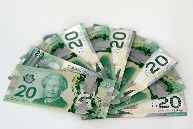canadian-money-20-bills