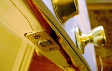 burglary-break-in
