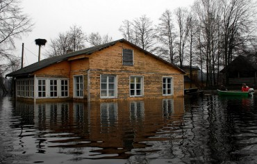 flood-house