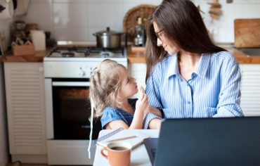 home-based-business-insurance-mom-daughter-in-kitchen