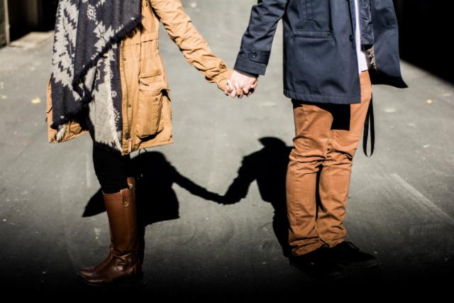 money-couple-relationship