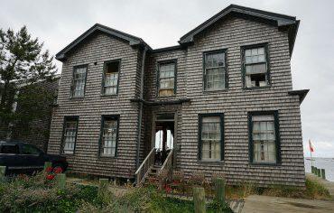 fixer-upper-house-home