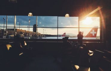 airport lounge access credit card Canada