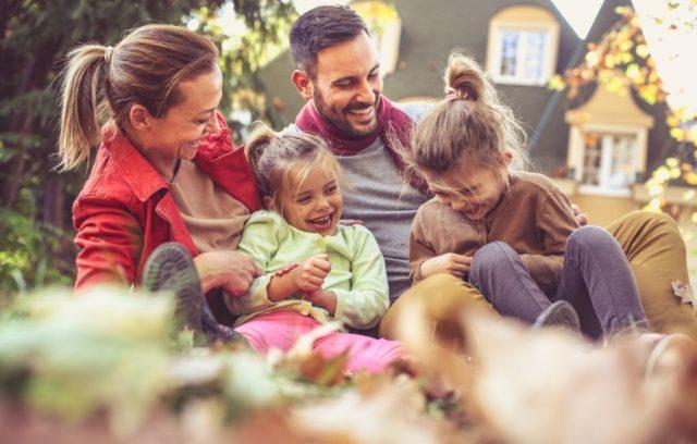 fall-house-maintenance-checklist-family-home