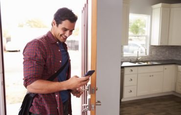 smart-locks-home-insurance