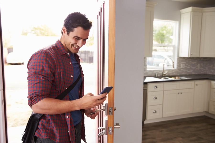 smart-locks-home-insurance