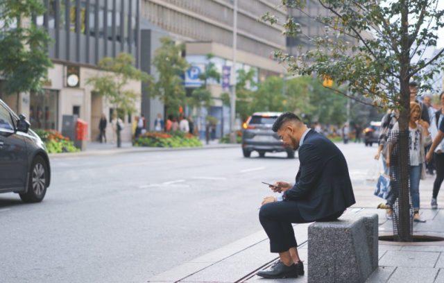 best-car-insurance-companies-in-ontario-man-cellphone-toronto