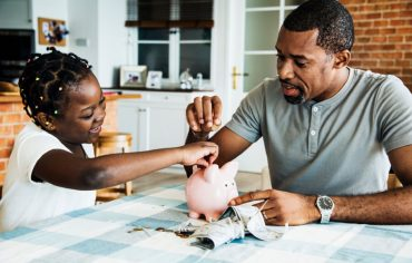 Regular vs high-interest savings accounts