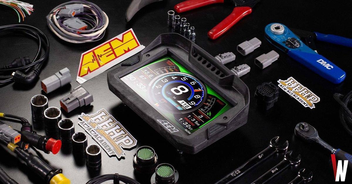 Electronics-display-gauge-layout-car-performance
