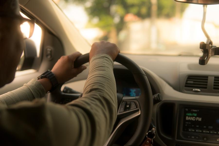 lease-vs-finance-car-person-driving