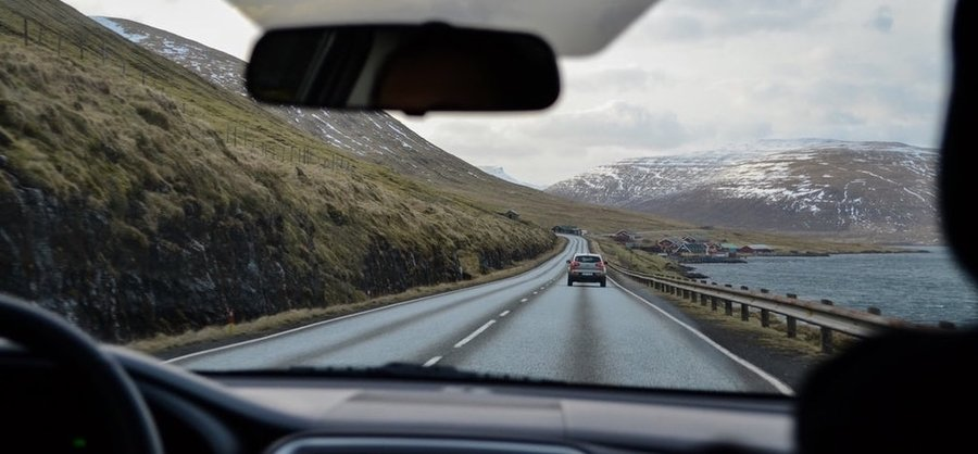 non-owner-car-insurance-car-driving-on-mountain-road