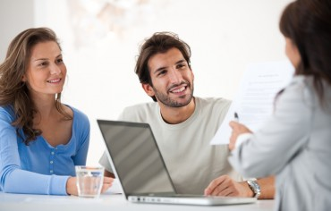 Financial consultant presents bank investments to a young couple. Taken at iStockalypse Milan.  [url=http://www.istockphoto.com/search/lightbox/9786786][img]http://dl.dropbox.com/u/40117171/couples.jpg[/img][/url]  [url=http://www.istockphoto.com/search/lightbox/9786622][img]http://dl.dropbox.com/u/40117171/business.jpg[/img][/url]