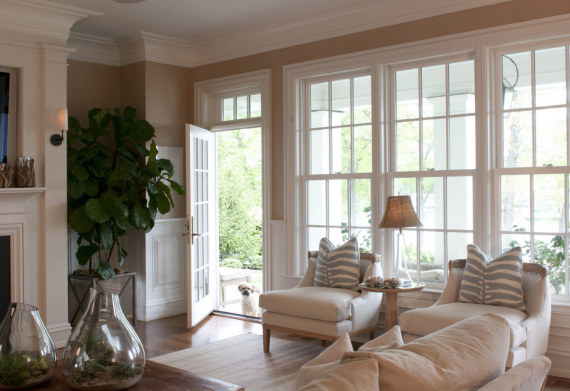 traditional-family-room-with-beautiful-windows